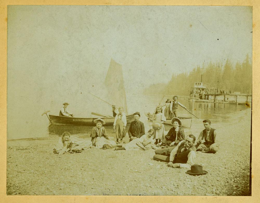 Stone's Landing at Redondo Beach