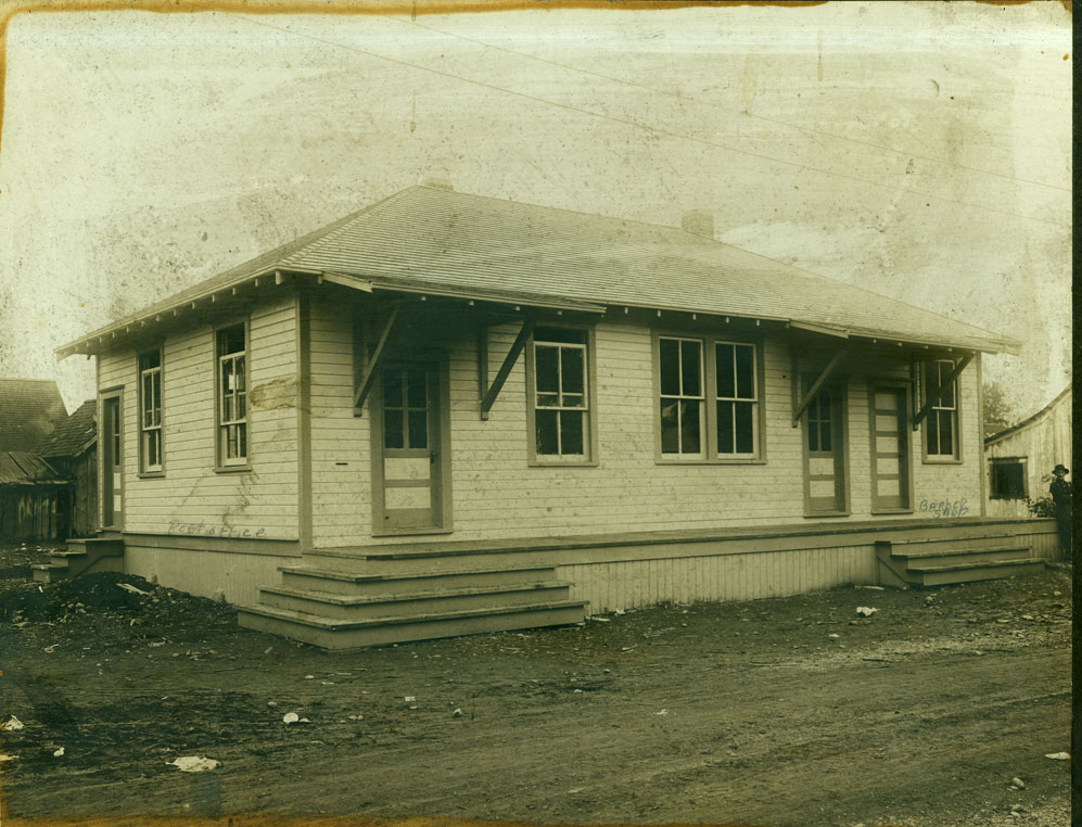 Post Office and barber shop at Carbonado