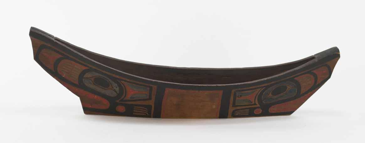 [Model canoe]