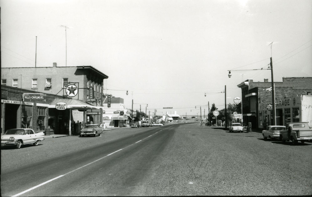 [Almira, Washington Main Street]