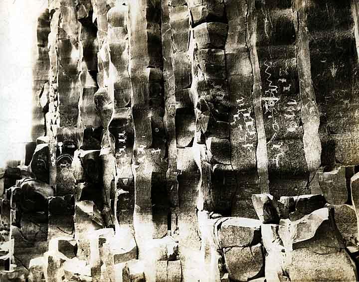 Petroglyphs along the Columbia River (near Vantage, WA)