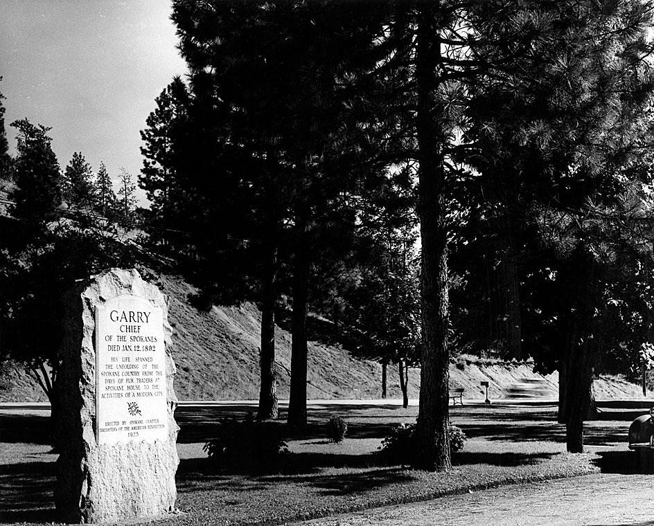[Chief Garry grave marker]