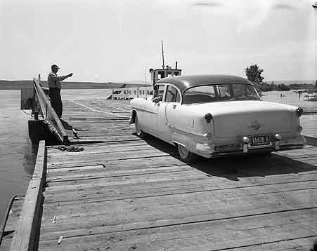 [Loading Columbia River ferry at Richland, WA]