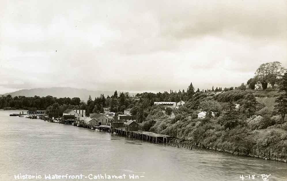 Historic Waterfront - Cathlamet Wn.