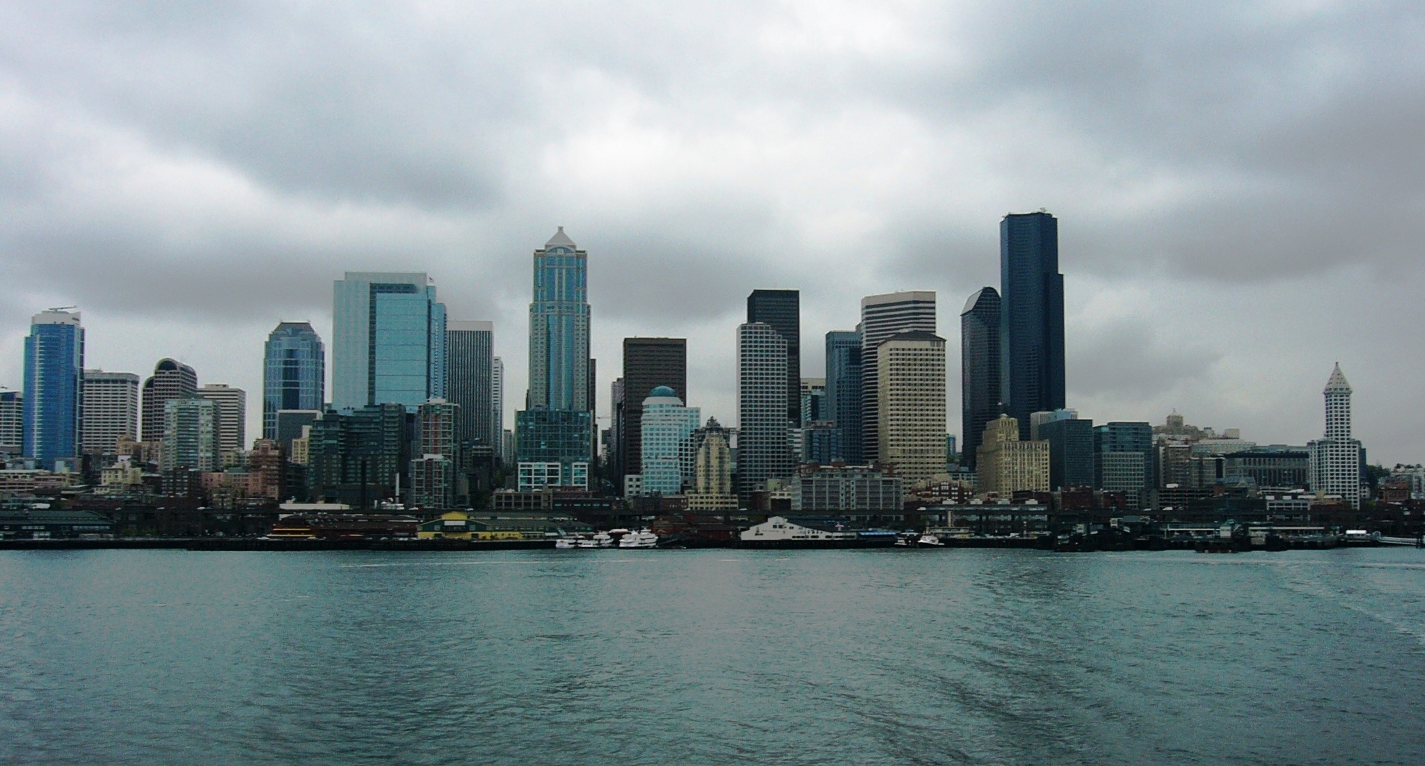 Four Points of Washington: Seattle skyline, Looking East