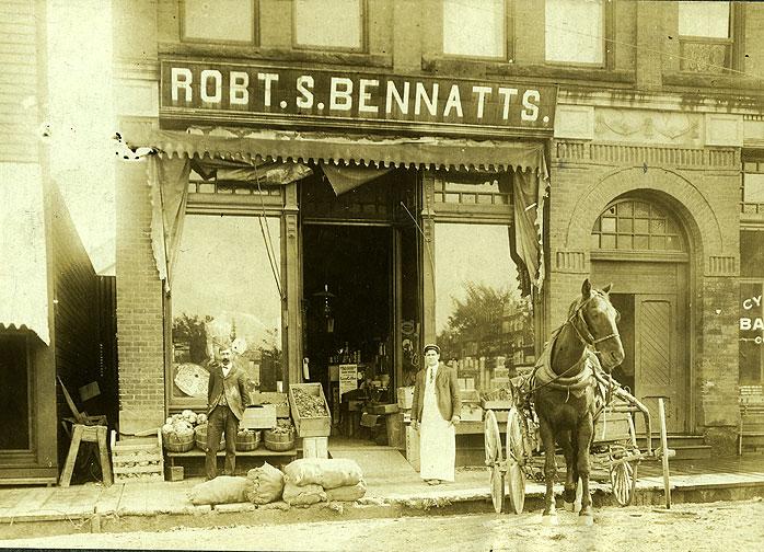 [Robert S. Bennatts, Grocery, 2414 North Thirtieth Street, Pioneer Block, Tacoma]