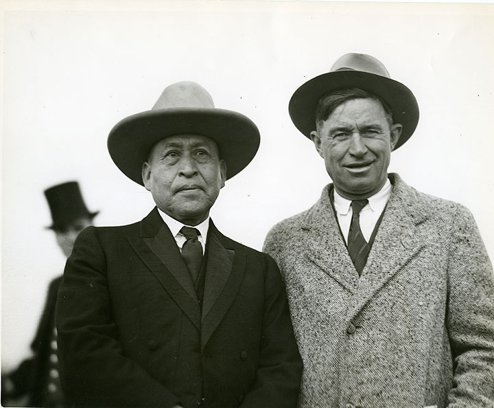 [Will Rogers and Henry C. Sicade, Portrait, Tacoma]