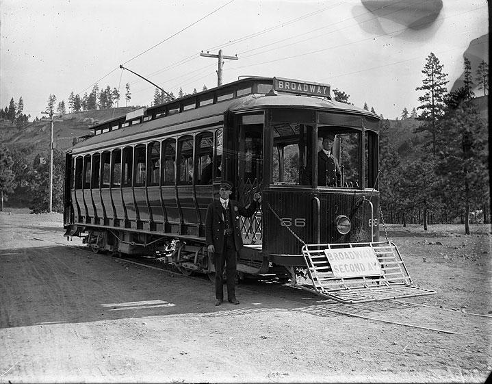 [Broadway Streetcar No. 66, Spokane]