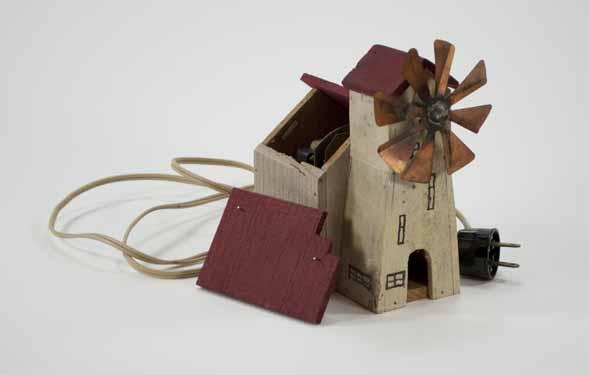 [Miniature building for a Moravian Christmas putz]