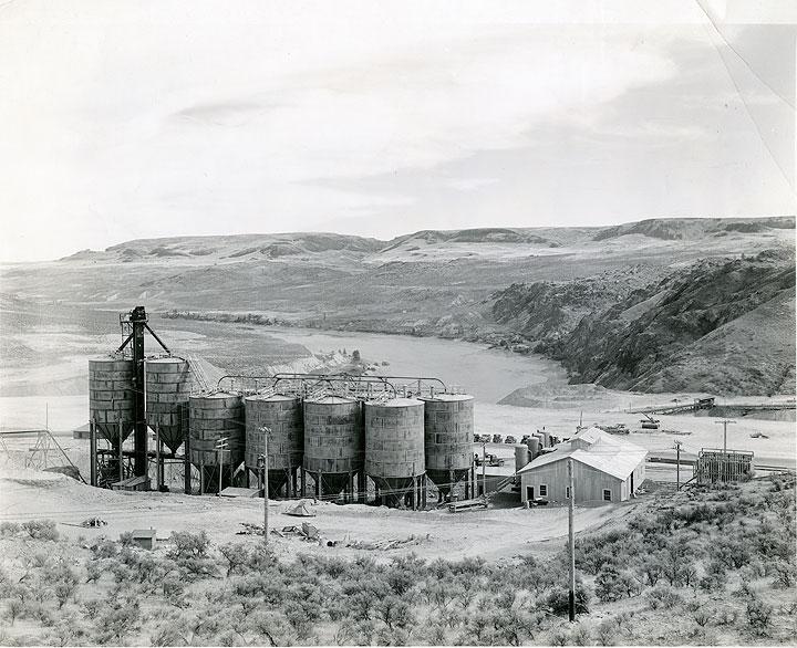 Grand Coulee Dam Construction Concrete Plant