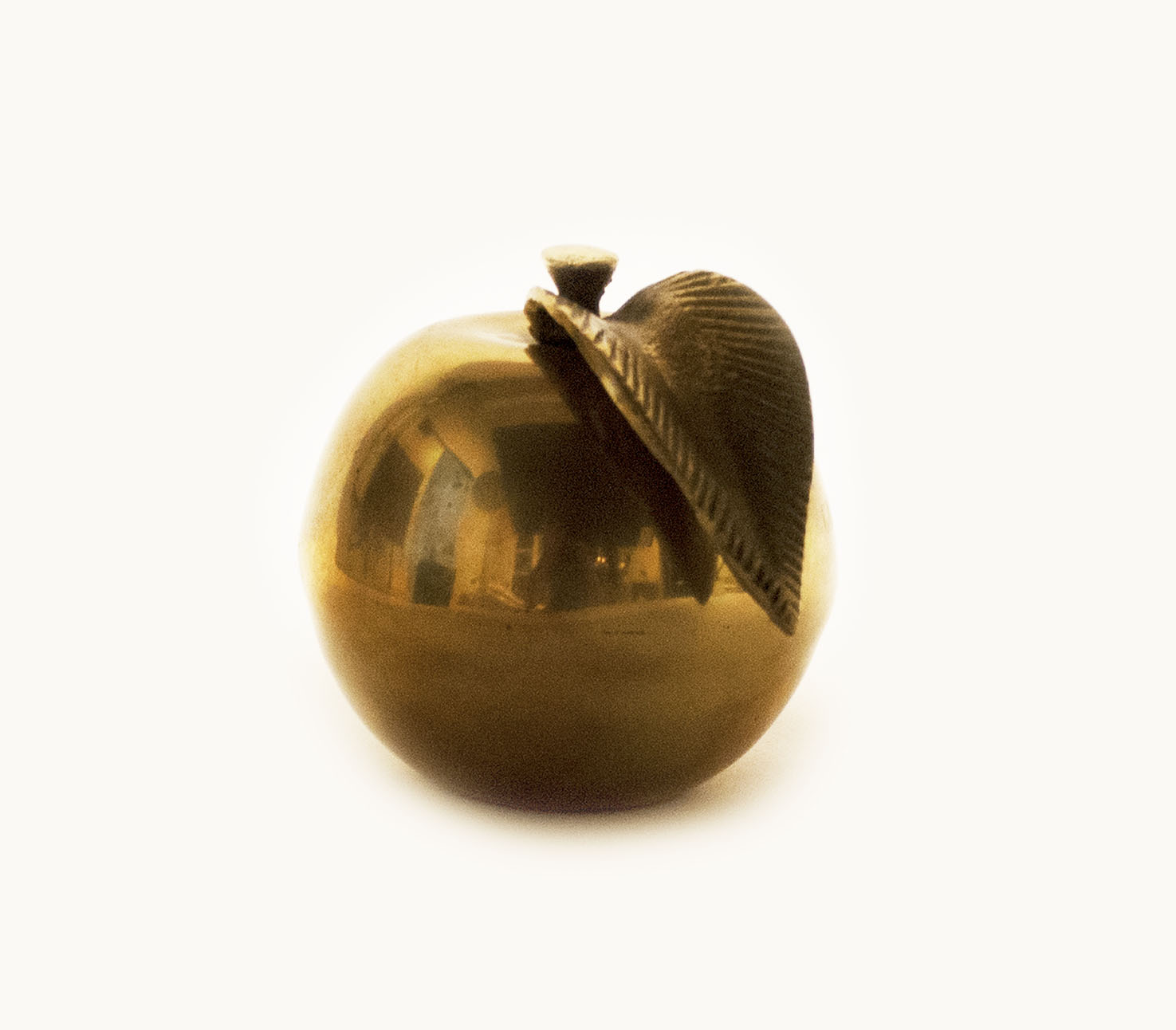 [Golden Apple award]