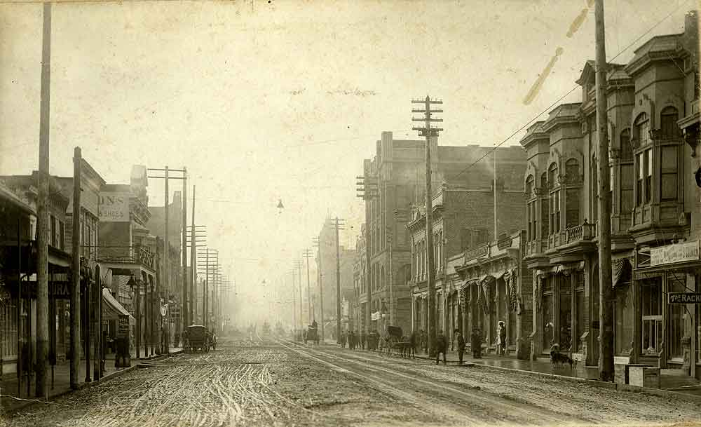 [Olympia's Main Street Looking South]
